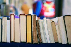 5 vinkkiä vaurastuttavaan kirjallisuuteen